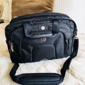 Tumi t tech tpass briefcase